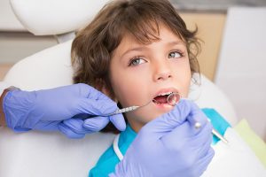 çocuk diş muayenesi